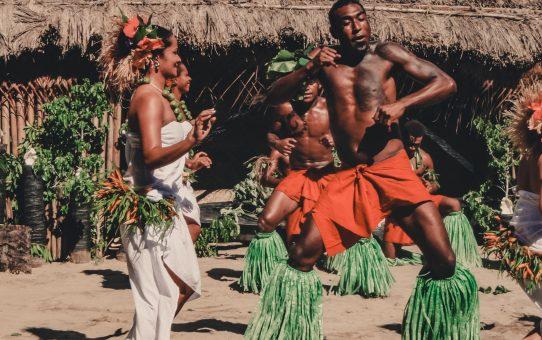 Dykning, kavaholics och eldiga dansshower på Robinson Crusoe Island