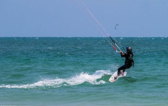 "Woho jag ""kan"" kitesurfa!"