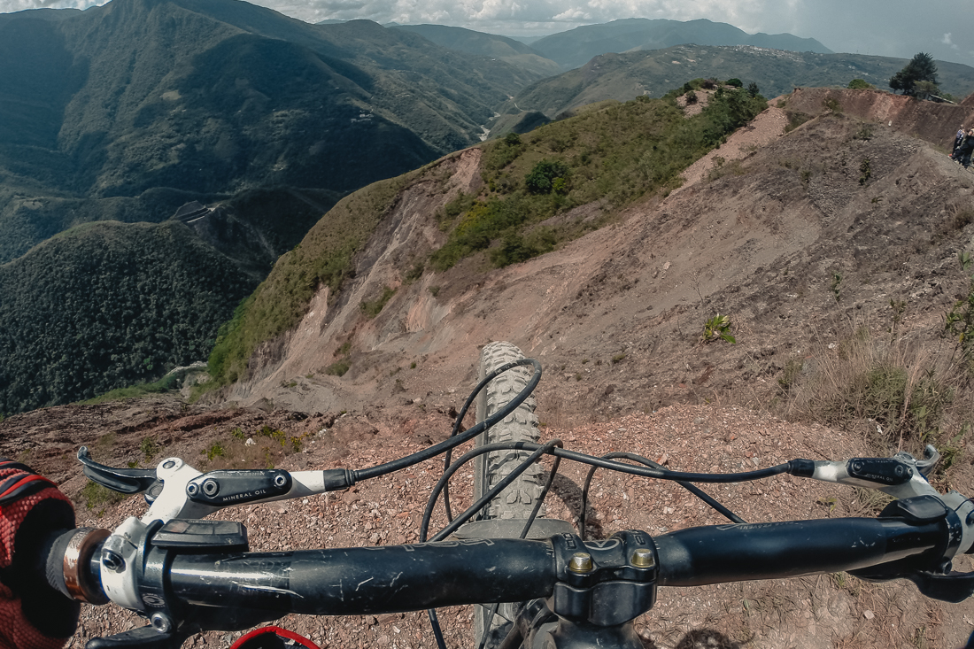 Death Road - cykla downhill ned för världens farligaste väg