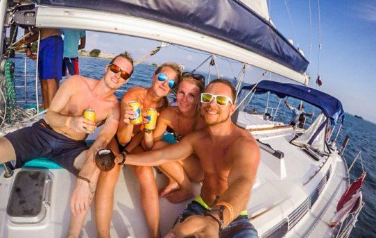 Cartagena partyboat