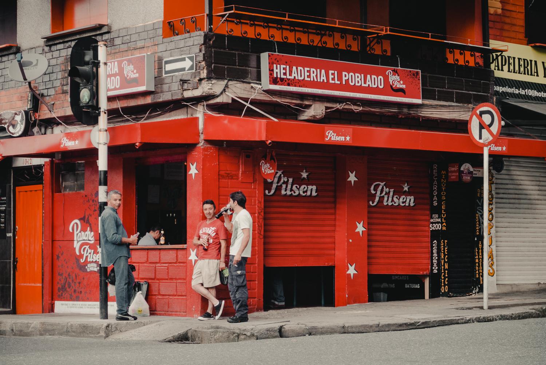 Favoritstaden: busvisslingar och skottlossning - är det farligt i Medellin?