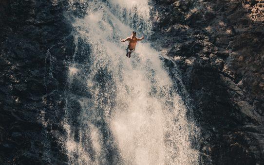 Montezuma Waterfalls i Costa Rica – Vågar du hoppa från 12 meters vattenfall?