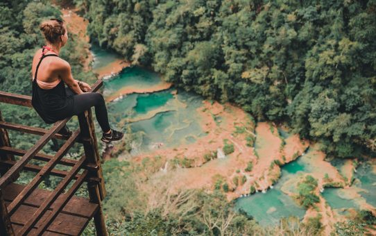 Semuc Champey: bada i smaragdgröna, naturliga pooler i molnskogen och simma i grottor