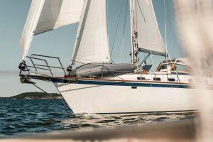 Segling över Biscaya och längs med Portugals med kust Sailing Swedes